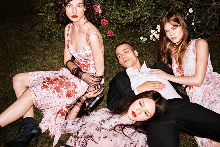 Into a flowered garden with Ermanno Scervino 2